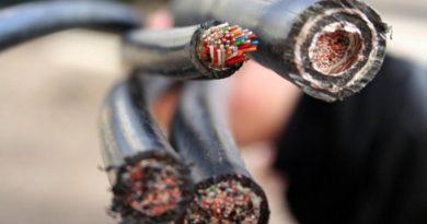 В Опарино мужчина похитил кабель, питающий подъемный кран