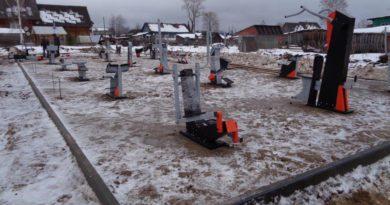 На площадке ГТО в Опарино установили тренажеры