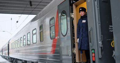 На пригородных маршрутах Киров – Пинюг – Подосиновец – Луза запустили 12 новых плацкартных вагонов
